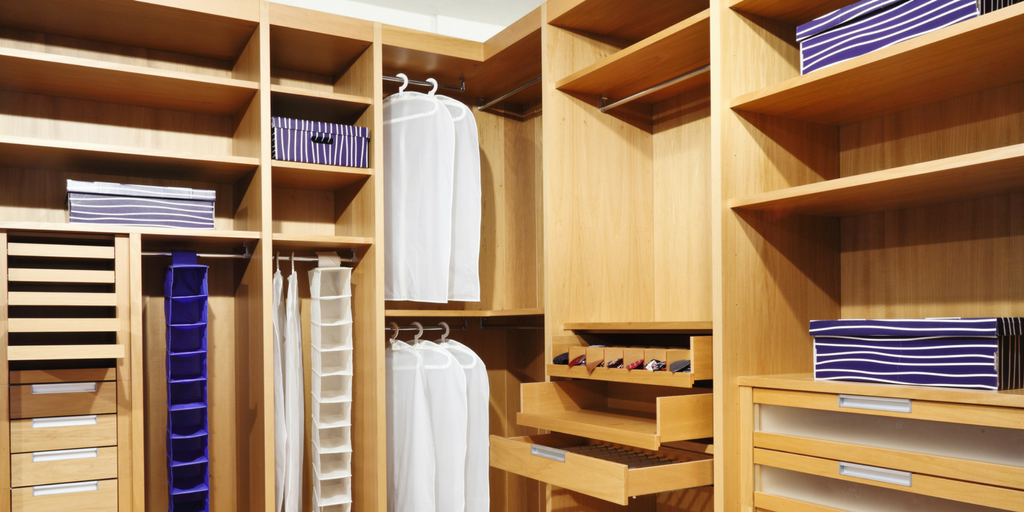 feature_image_-_Are_your_closets_big_enough-.png